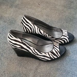 Zebra wedges new
